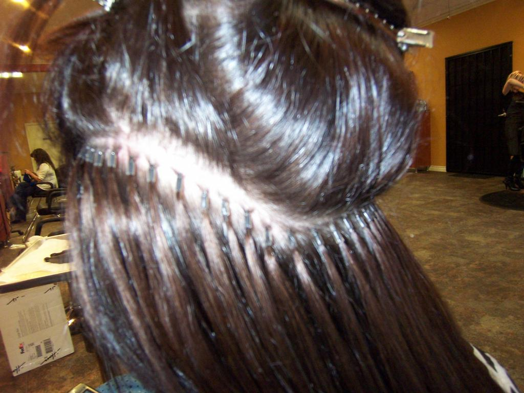 Why Do Some Apply Hair Extensions Like This Salongeek