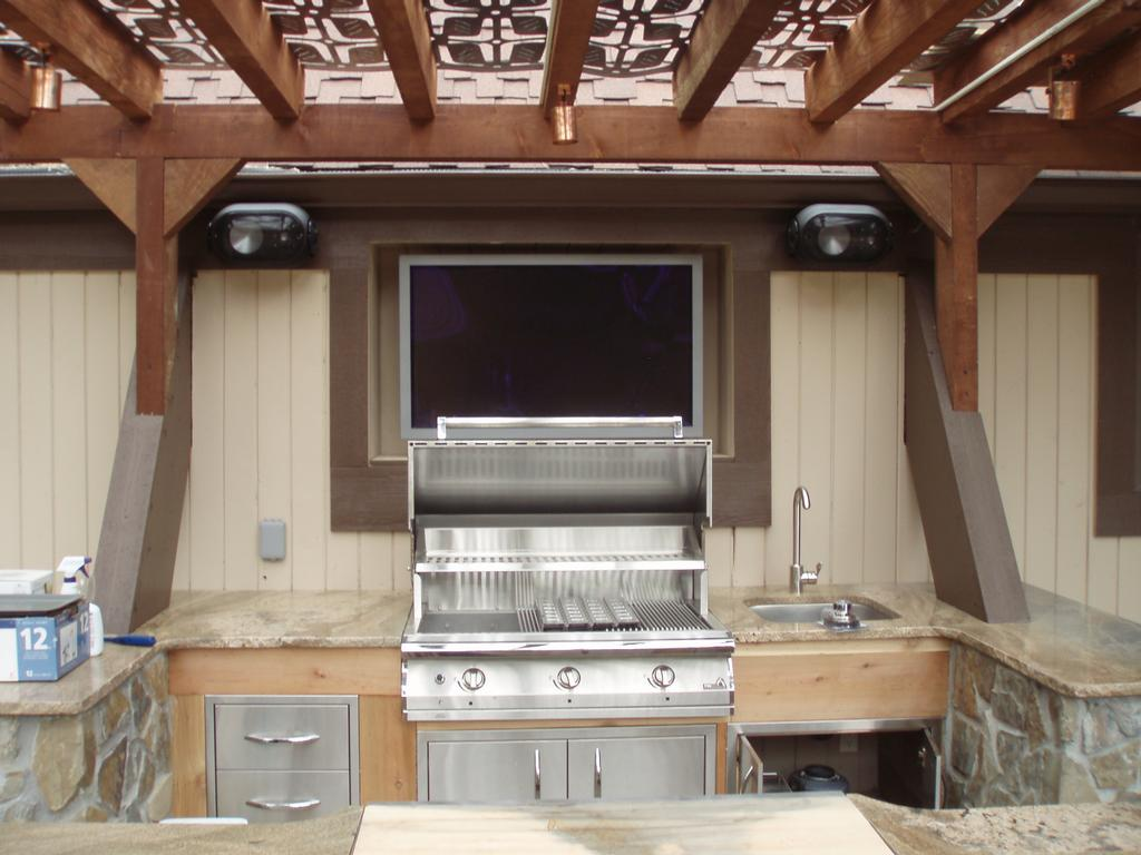 Picture: Outdoor entertainment Kitchen 1.JPG provided by Home ...
