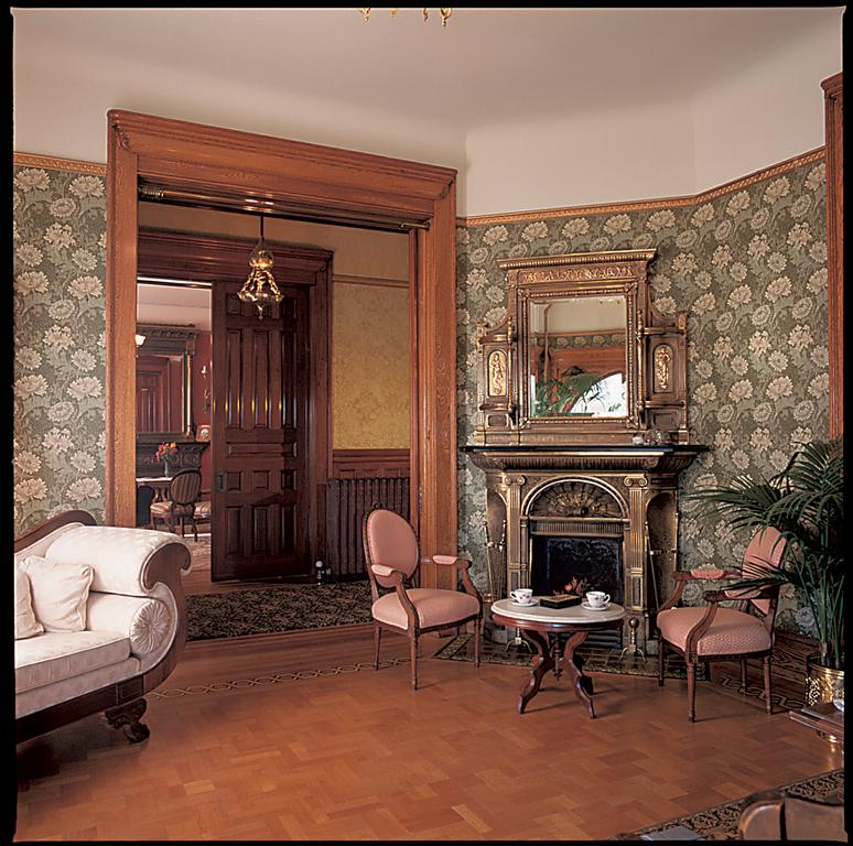 Victorian Sitting Rooms: Pictures For Osterfoss Jim & Jacquie In Cheyenne, WY 82001