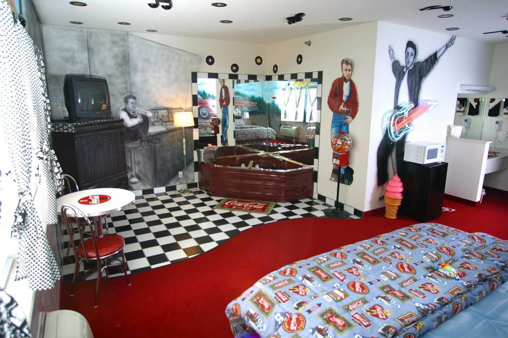 50s Inspired Bedroom Memsaheb. 50s Style Bedroom   Home Design