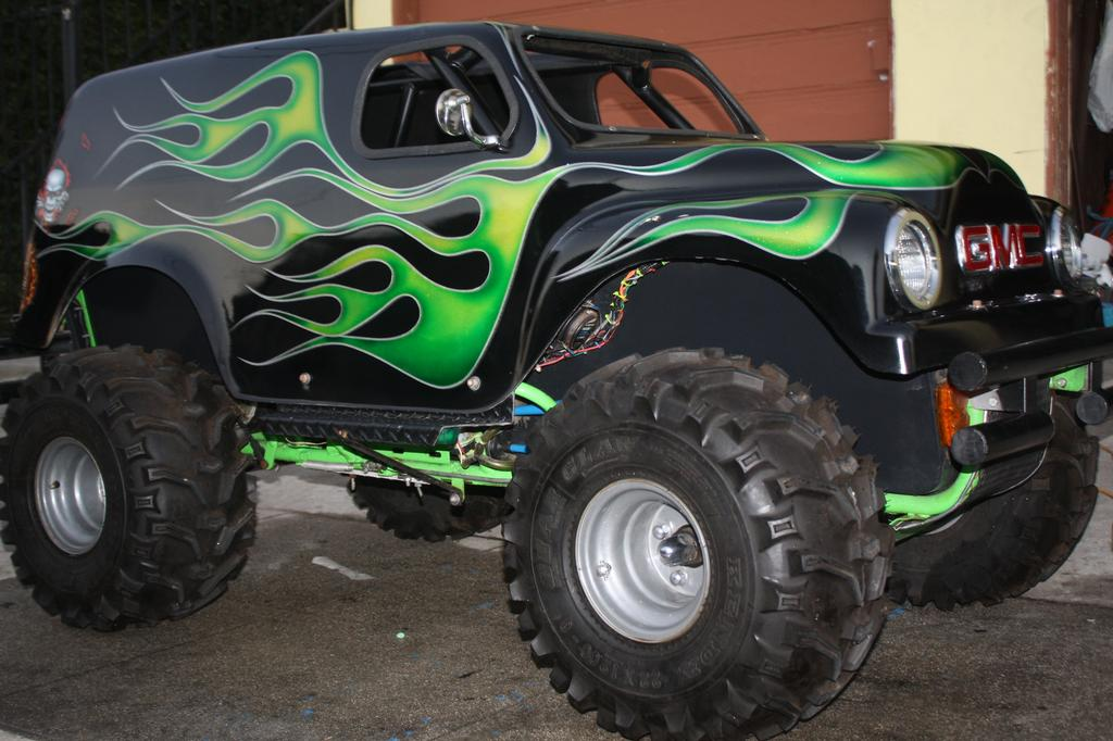 Mini Monster Truck Go Karts http://www.merchantcircle.com/business/T.K.S.Go.Karts.Party.Rentals.951-259-3801