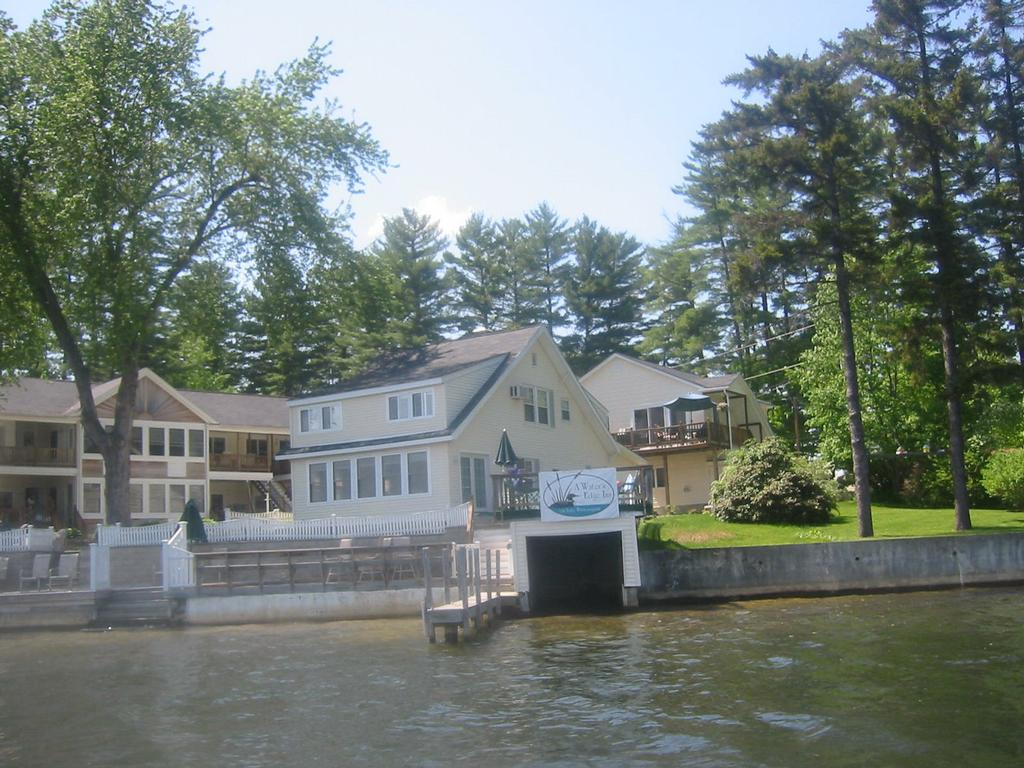 The lake house on waters edge winnisquam nh 03289 603 for How much does a lake house cost