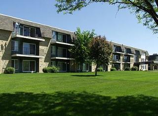 Lakeshore Oaks - Saint Paul, MN