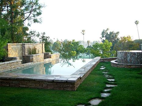 Raleigh custom concrete infinity pool from frank bowman for Pool design raleigh nc