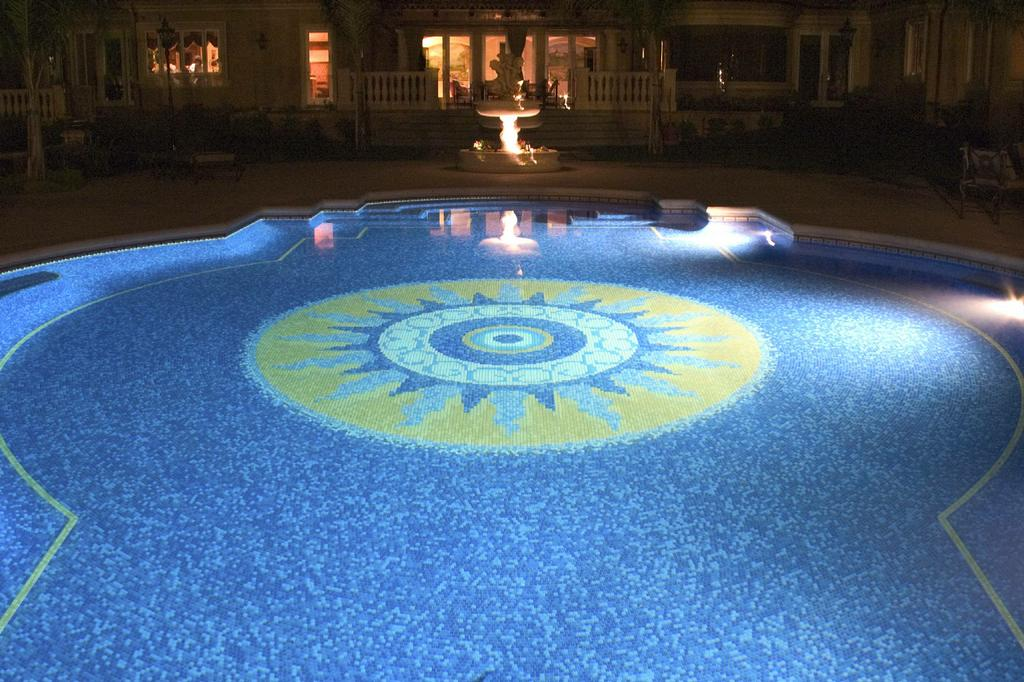 Raleigh Saltwater Glass Tile Swimming Pool & Spa Company from ...