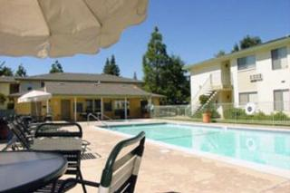 Hazelwood Apartments - Orangevale, CA