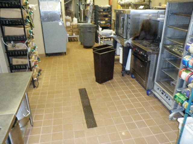 Clean restaurant kitchen floor from greasepro restaurant hood cleaning charlotte nc greenville - Flooring for restaurant kitchens ...