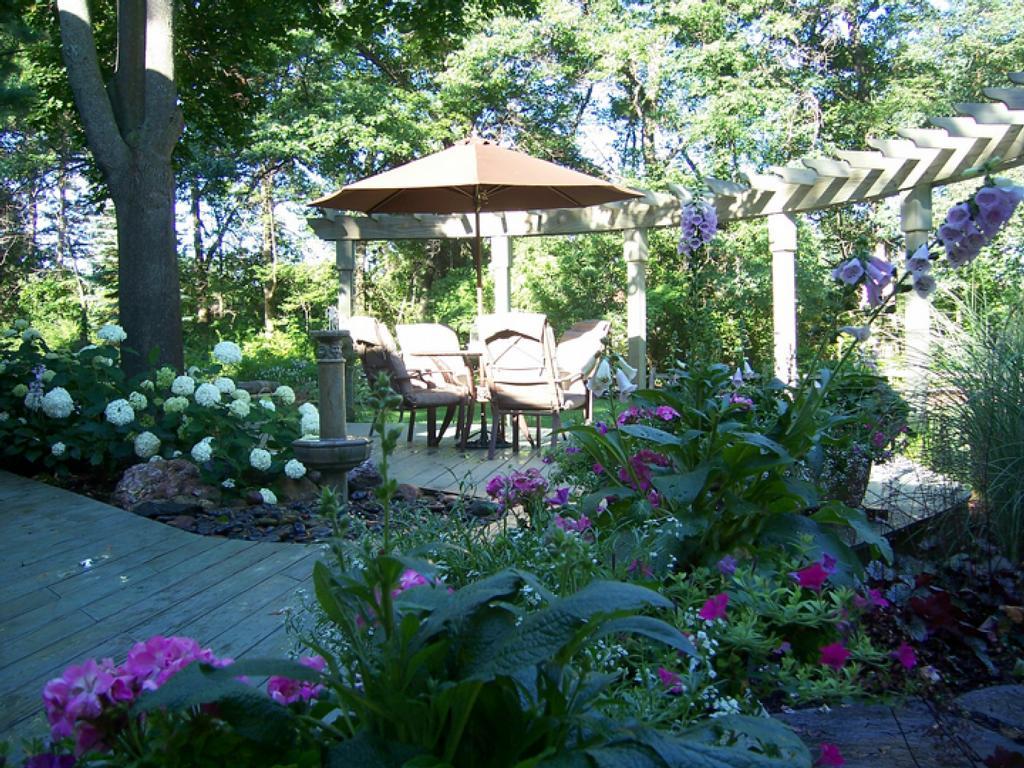 Pictures for landscape design associates llc in howell for Landscape design associates