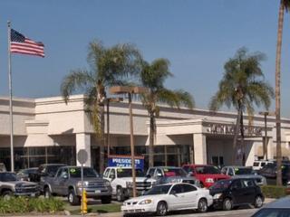 Tustin Nissan - Tustin, CA