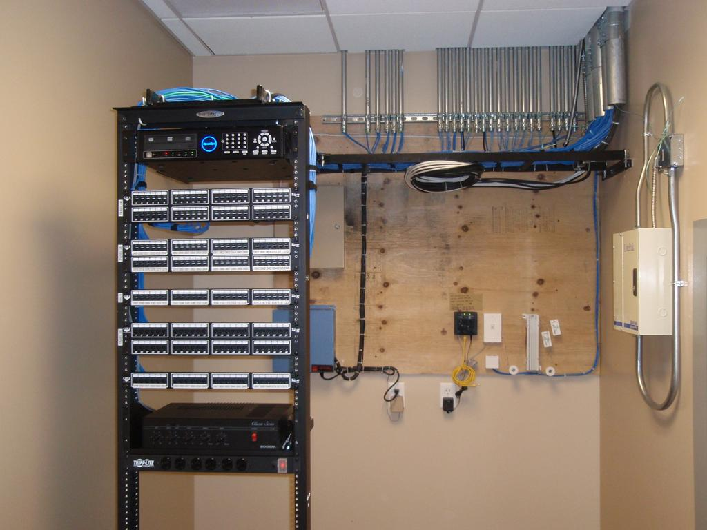 Server Room Design : Network room design gallery