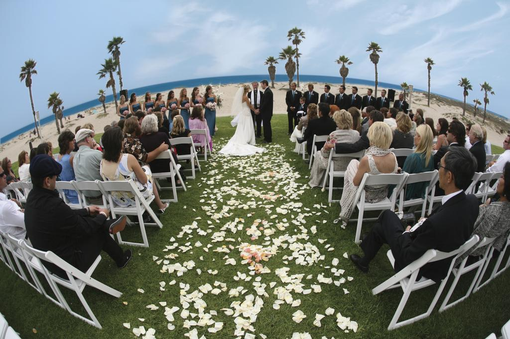 beach wedding from Capistrano\'s at Embassy Suites Mandalay Beach in ...
