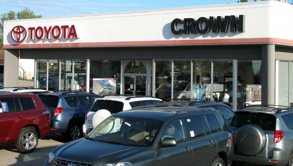 crown motors ii holland mi 49424 800 473 5953 toyota
