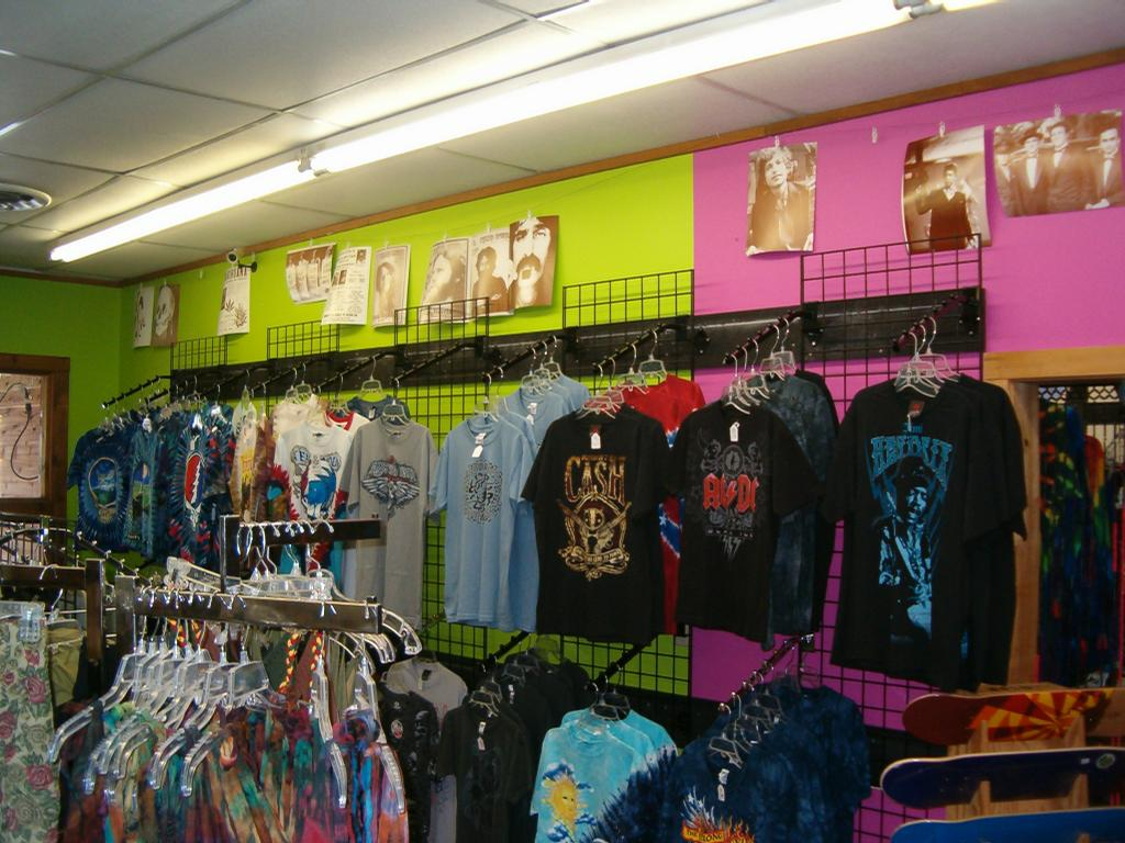Hippie clothing store   Cheap clothing stores