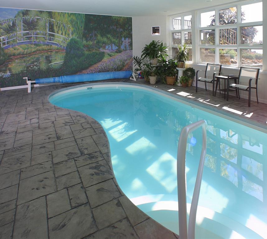 Acheson builders inc ann arbor mi 48103 866 668 1940 for Indoor pool construction