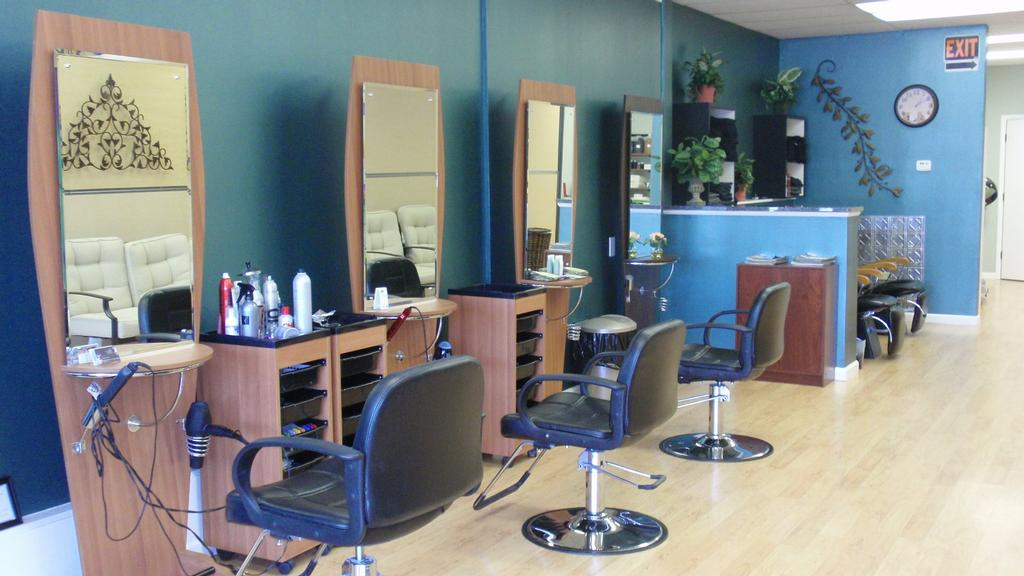 Hair stations 001 from salon euforia in saint louis mo 63131 for A fresh start beauty salon