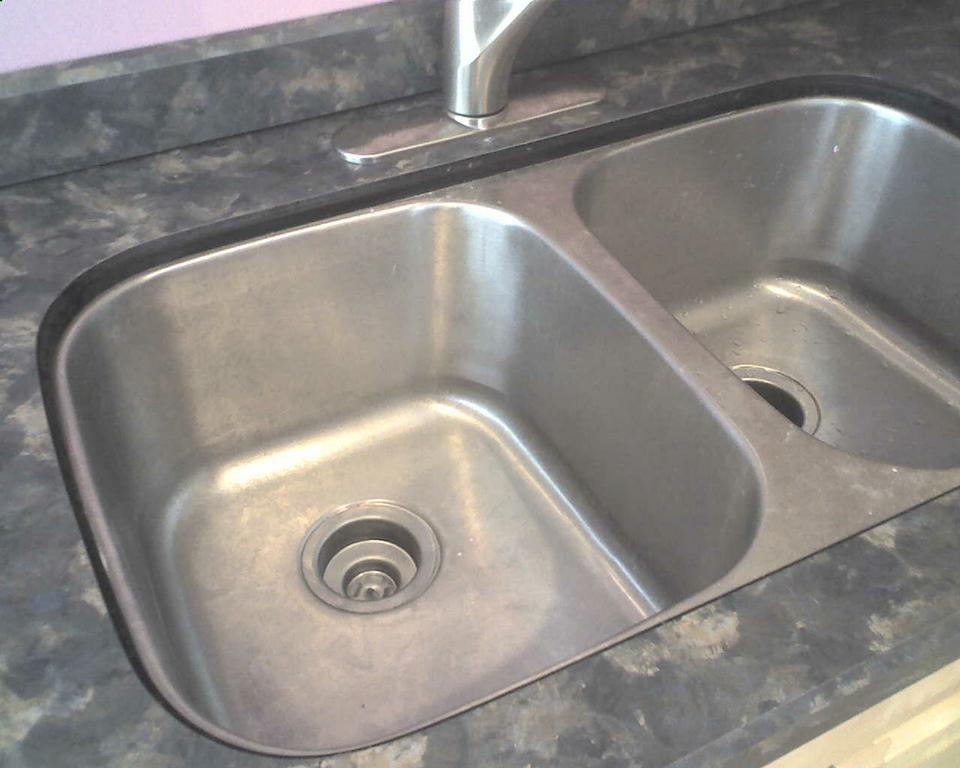 Undermount Sink With Laminate Tops