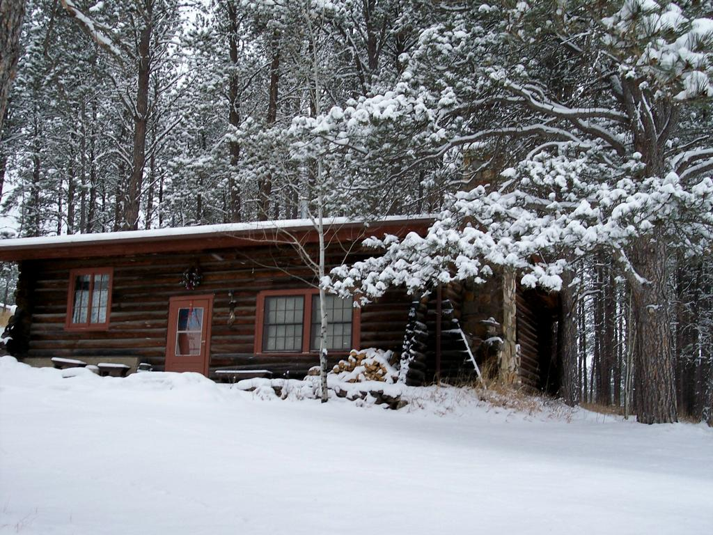 Camp Custer Log Cabins Custer Sd 57730 605 673 3683