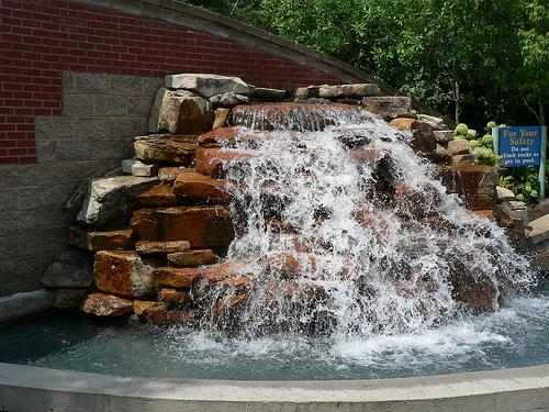 Abq waterfall pics from albuquerque landscaping for Landscaping rocks albuquerque