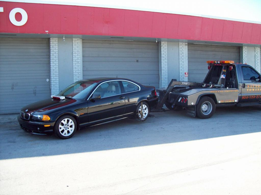 100_0012[1].jpg by Safari Towing and Road Side Service