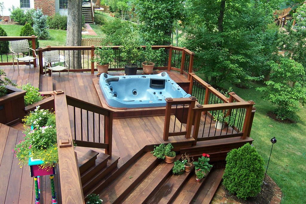 Decks with hot tubs for Free standing hot tub deck