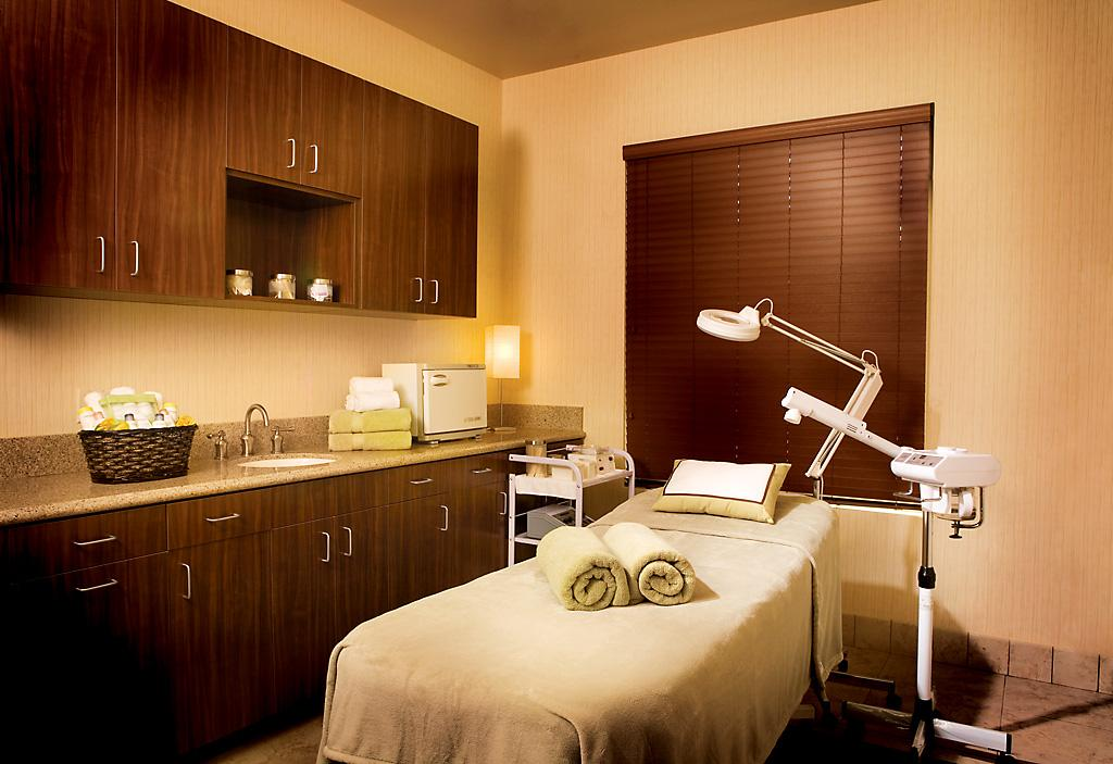 Photos of Facial Rooms http://www.merchantcircle.com/business/A.Spa.at.Ayres.Hotel.and.Spa.949-600-6272/picture/view/2134209
