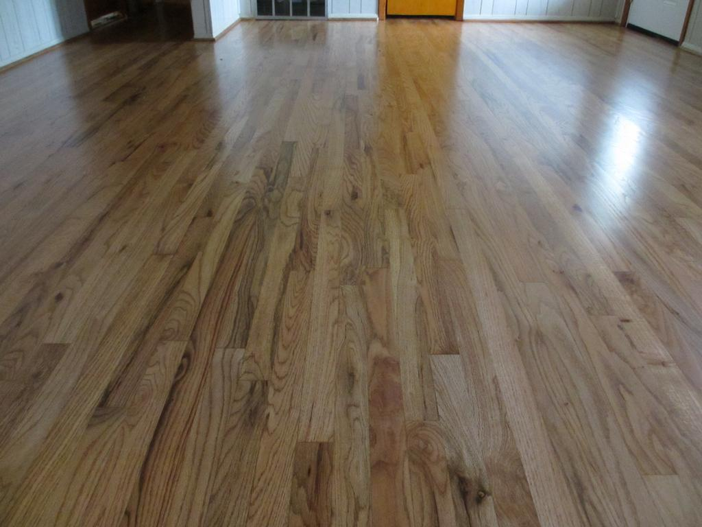 Hardwood floors refinishing flooring ideas home for Oak wood flooring