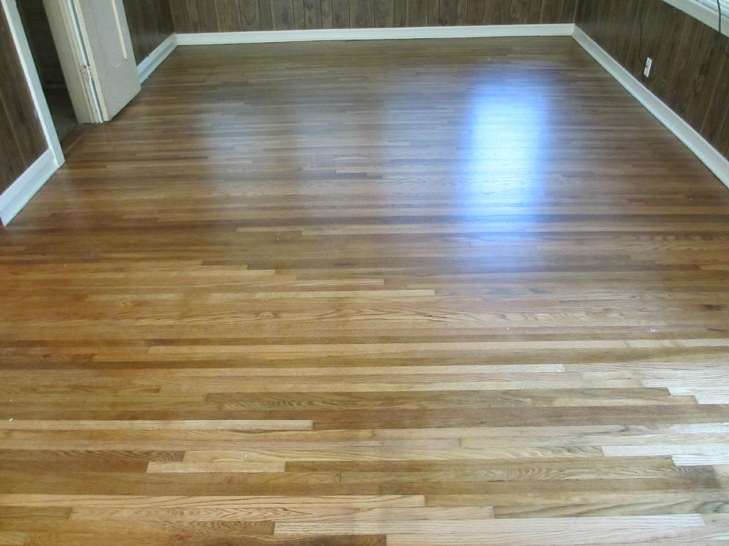 Refinish hardwood floors how to stain and refinish for Hardwood floor refinishing