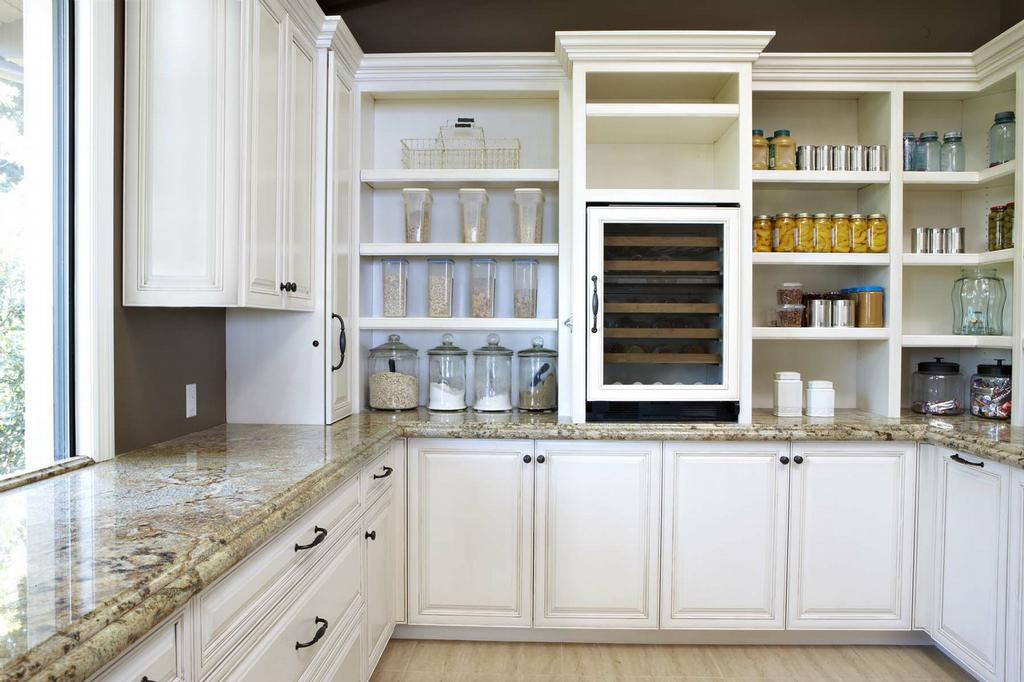 Custom Kitchen Cabinets And Shelves From Carpenter 39 S Cabinets Inc In