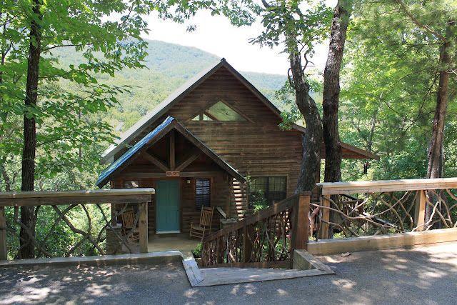Pictures for pinnacle cabin rentals in helen ga 30545 for Helen luxury cabin rentals