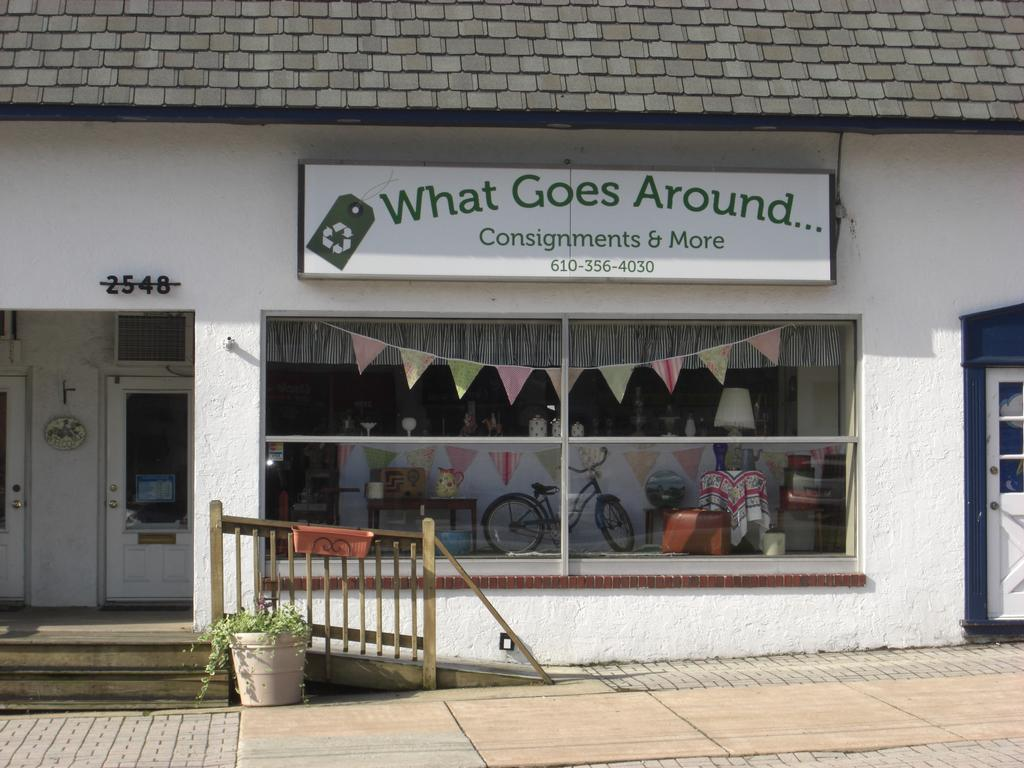 What Goes Around Consignment - Broomall PA 19008 : 610-356-4030