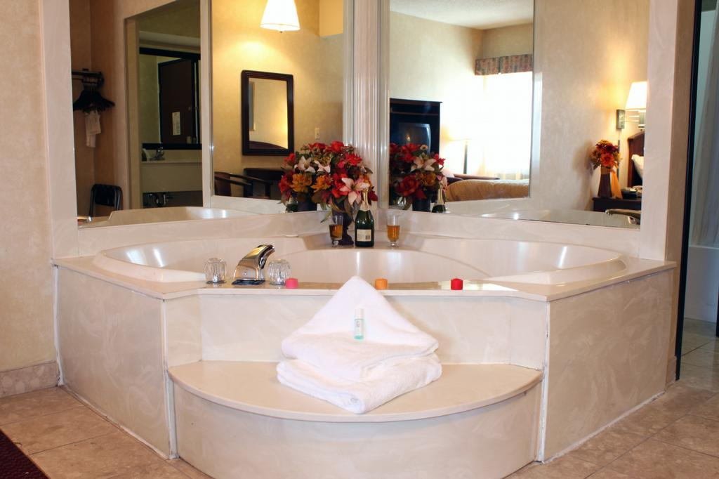 Hotels In Orlando Fl With Jacuzzi Tubs Room Newatvs Info