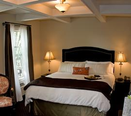 Camas Hotel - Camas, WA