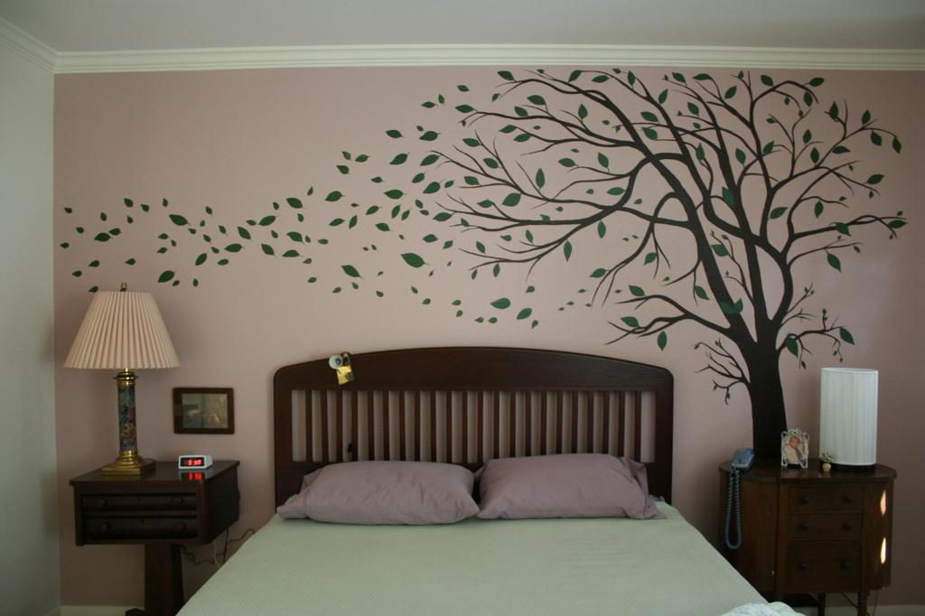 Bedroom tree mural from artistic mural works san antonio for Bedroom mural painting