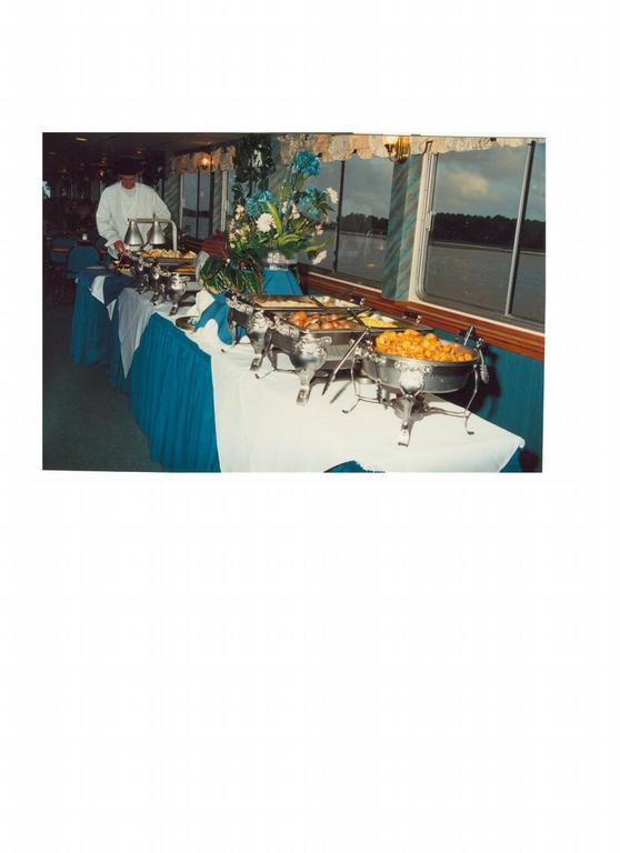 Capt anderson 39 s marina panama city fl 32408 800 360 0510 for Captain anderson deep sea fishing