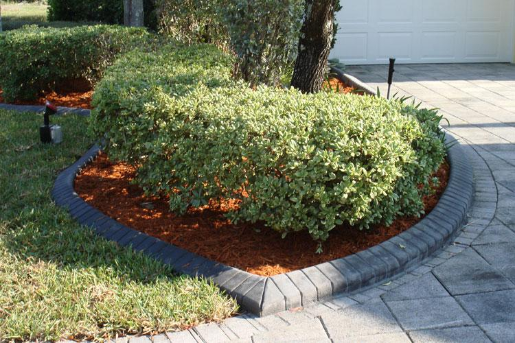 Curb appeal pembroke pines fl from south florida curb for Bordillos para jardin