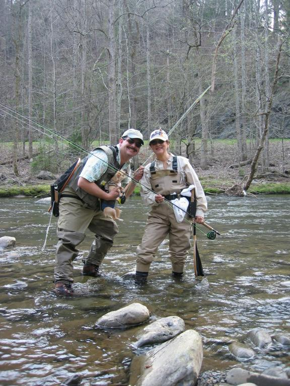 Fly fishing instructor bob logan houston tx 77253 for Fly fishing houston