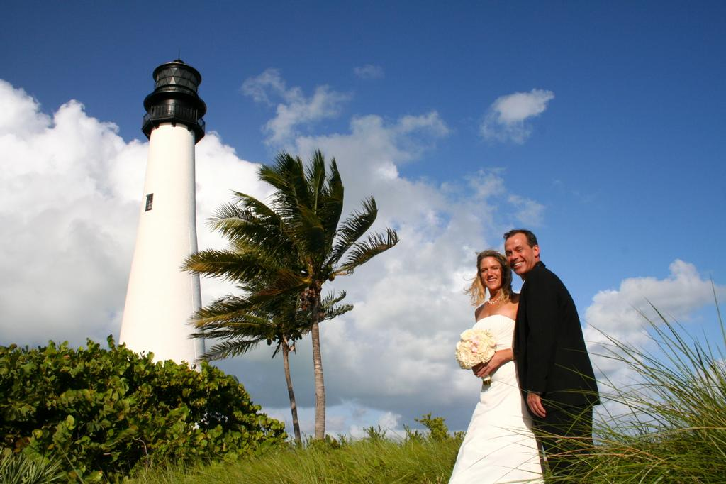 Lighthouse Beach Wedding Bill Baggs Cape Florida State Park Key Biscayne Fl