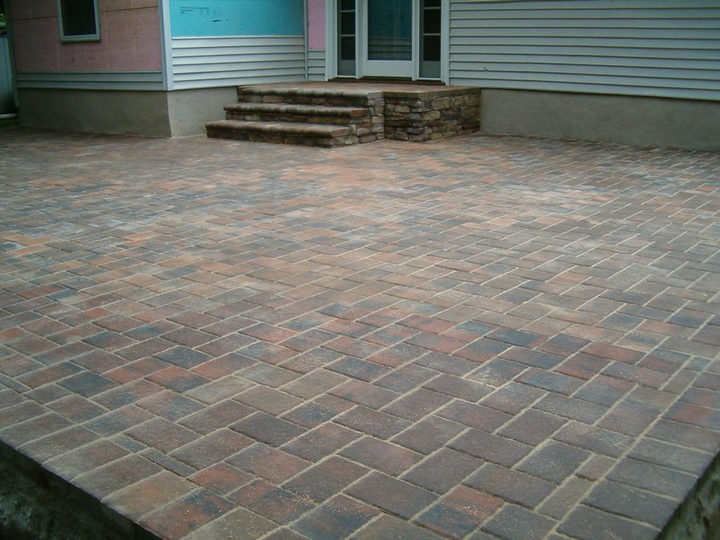 PAVER PATIO W/ STOOP-STEPS.jpg from SUFFOLK CONCRETE & MASONRY in Nesconset, NY 11767