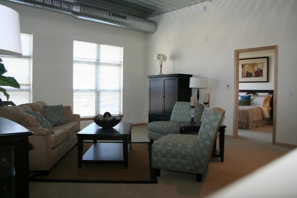 Bayshore Place Apartments Milwaukee Wi 53217 414 231 8810