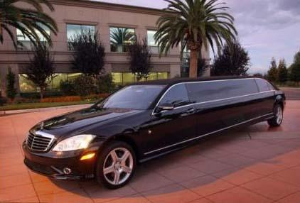 Mercedes benz s550 from miami executive limo limousine for Mercedes benz service miami