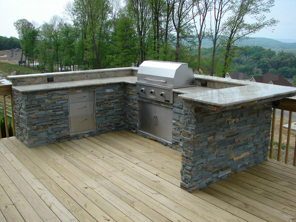 Galaxy outdoor las vegas nv 89103 702 448 5600 for Custom outdoor bbq kitchens