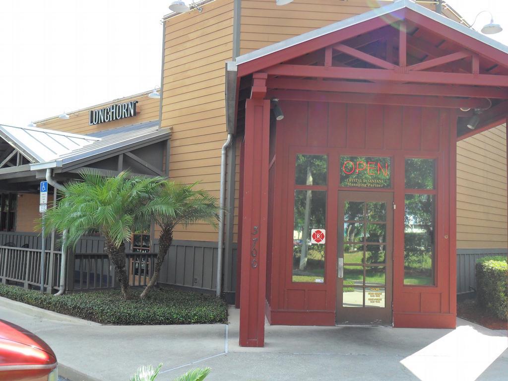 Longhorn SteakHouse Restaurant Entrance from J Mobile Window Tinting ...