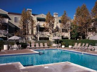eaves Pleasanton - Pleasanton, CA