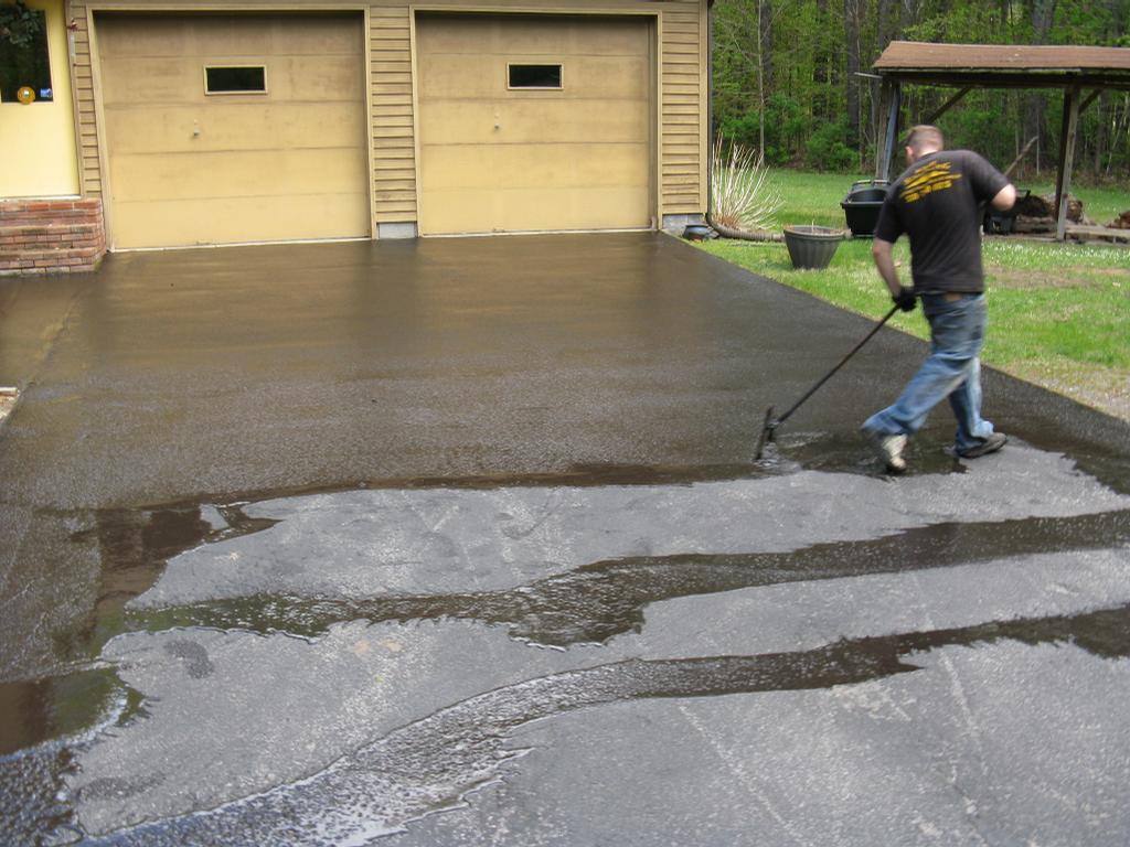 Can i patch an asphalt driveway with concrete free for Can i paint asphalt driveway