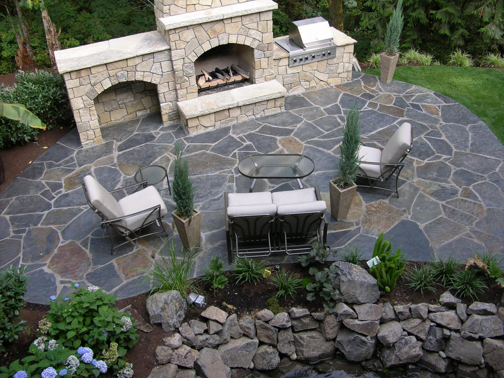 Outdoor patio ideas on pinterest patio ideas flagstone for Pictures of stone patios