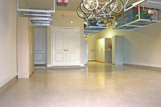 Pictures for florida garage storage in sarasota fl 34233 for Residential garage car lift