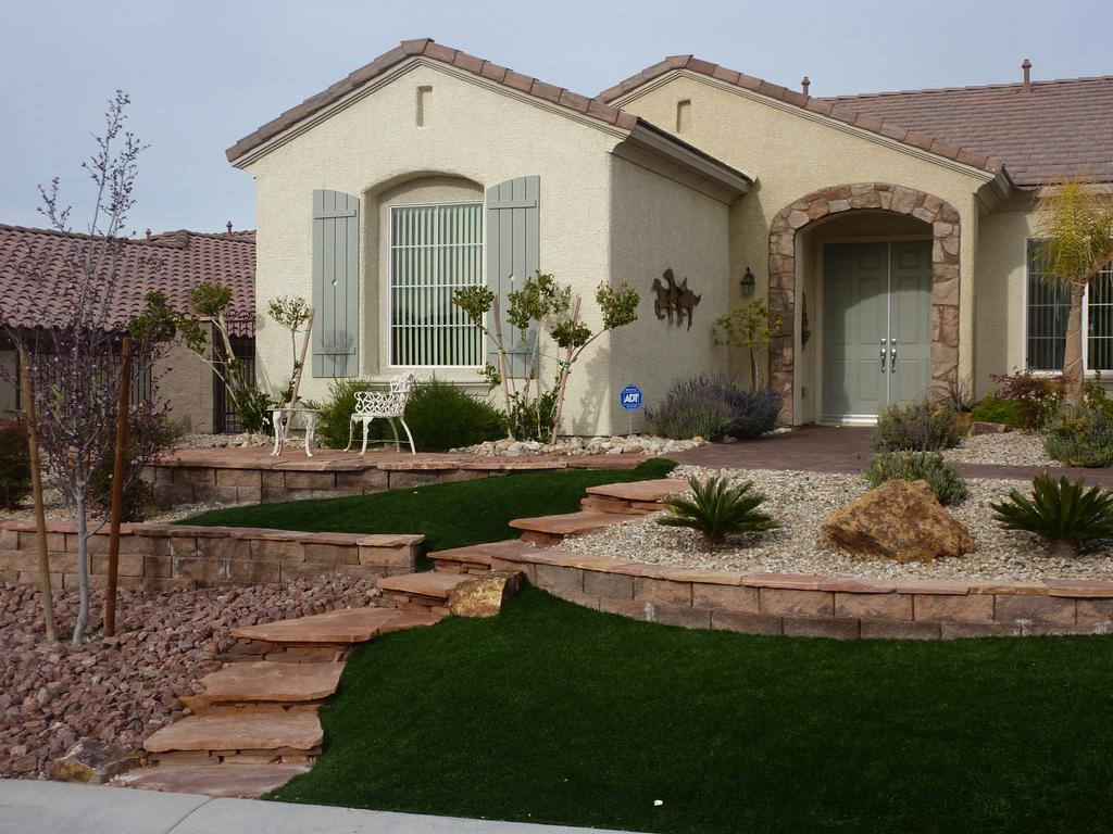 Xeriscape Water Smart Landscape Las Vegas From Desert Greenscapes Water Wise Grass And ...