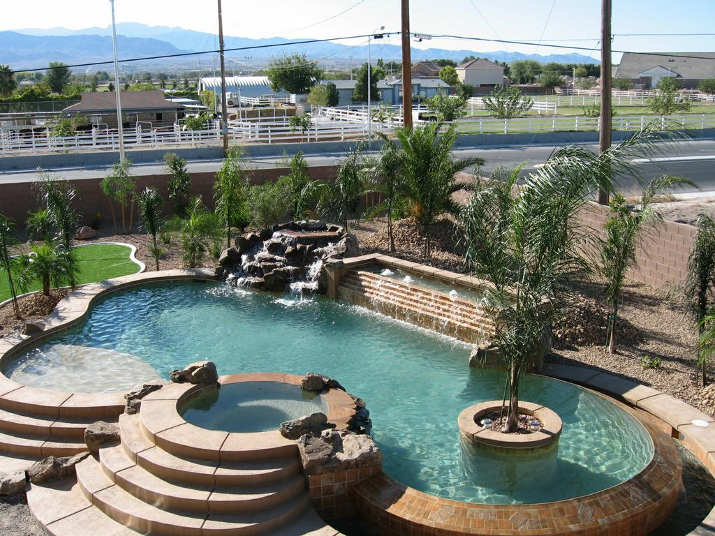 Desert Greenscapes Water Wise Grass and Landscaping - Las Vegas NV ...