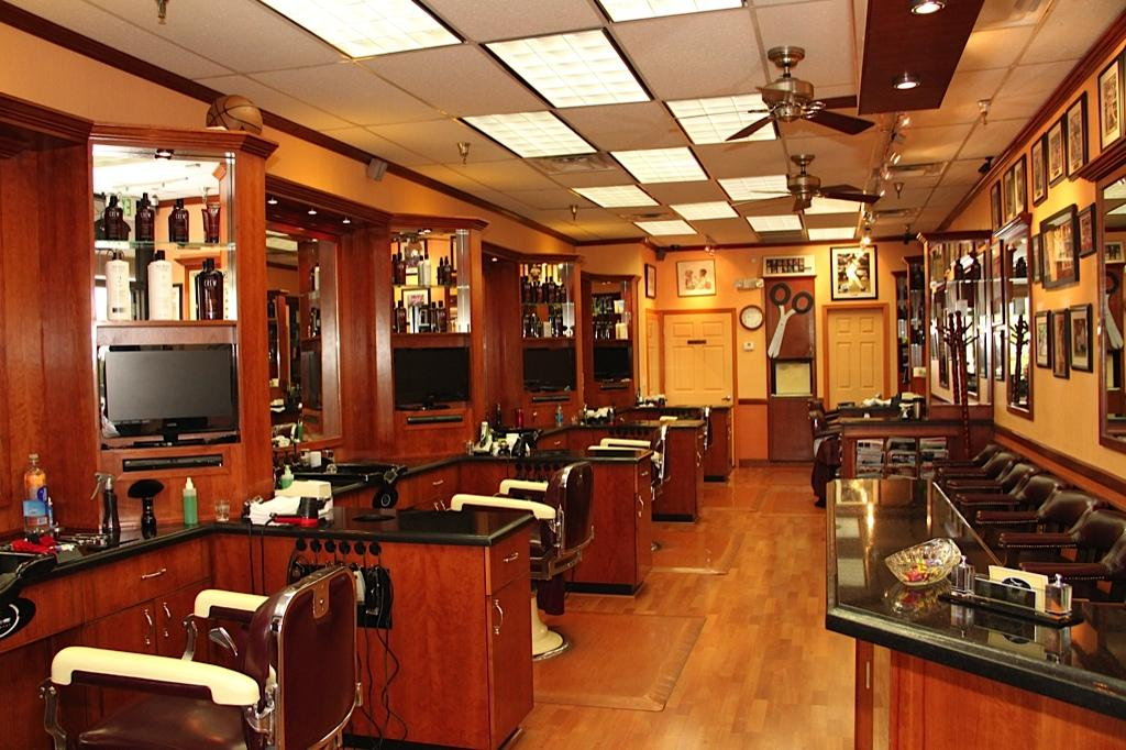 Classic Barber Shop - Phoenix AZ 85032 602-787-4119 Barbers