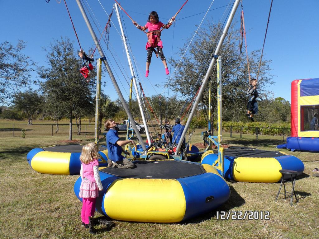 bungee trampoline business